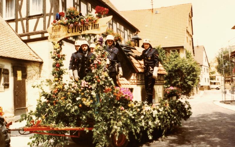 Festwagen 125 Jahre Feuerwehr Bönnigheim