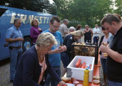 2016 - Vesperpause auf dem Rasthof auf dem Weg in die Hohenlohe